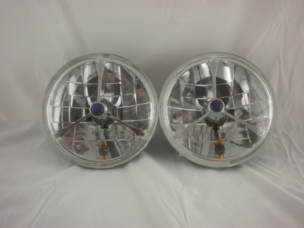 Blue Dot Glass Tri-Bar Headlights w Turn Signal